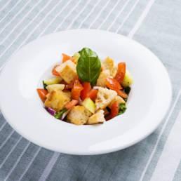 Toskanischer Brotsalat Panzanella