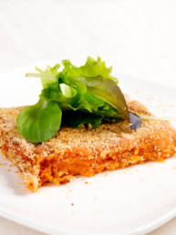 Kürbisauflauf mit Scamorza Käse Feiner gratinierter Auflauf aus Muskatkürbis und Scamorza Käse.