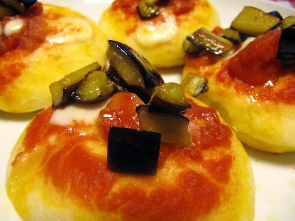 Pizzette mit Auberginen
