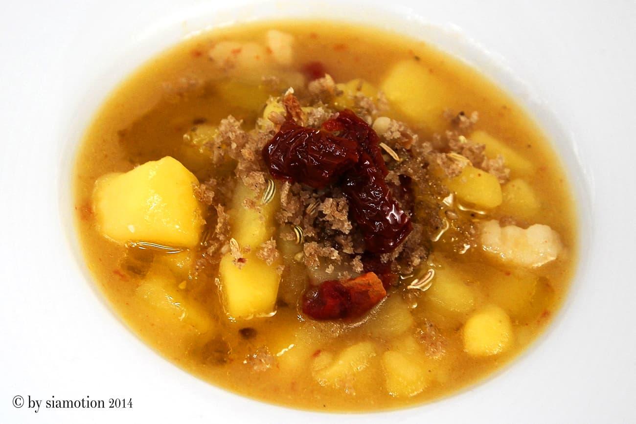 Kartoffel Creme Suppe mit getrockneten Tomaten